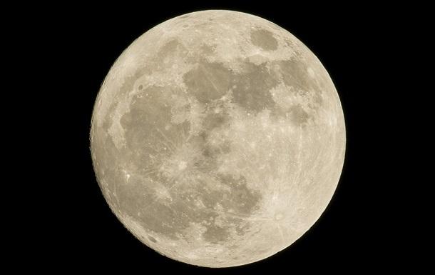 Получены самые детальные снимки с поверхности Луны