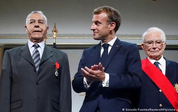 Макрон попросив вибачення в алжирців, які воювали на боці Франції