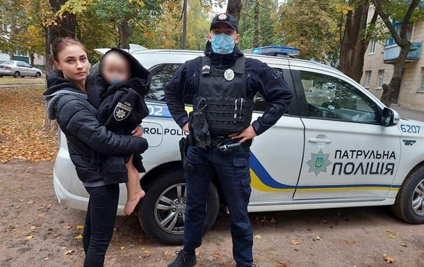 На Киевщине ребенок без одежды бродил по улицам города