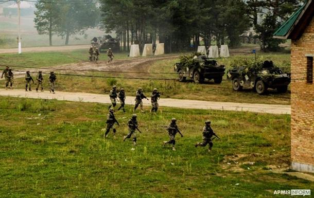 Rapid Trident-2021: военные освободили 'захваченный' террористами город