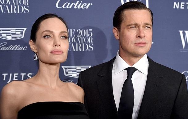 Брэд Питт обвинил Анджелину Джоли в заговоре