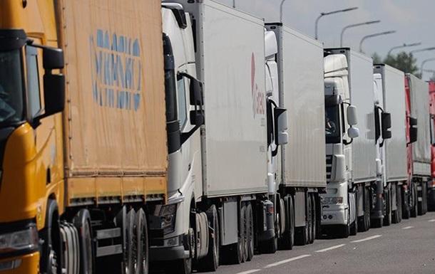Раде предложили взимать плату с фур тяжелее 12 тонн за пользование дорогами