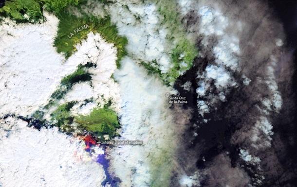 Вулкан на Канарах показали из космоса