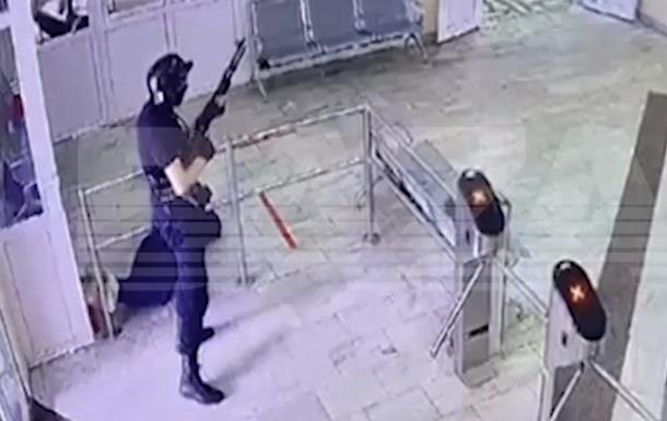 Стрілянина в Пермі: нападник прийшов до тями
