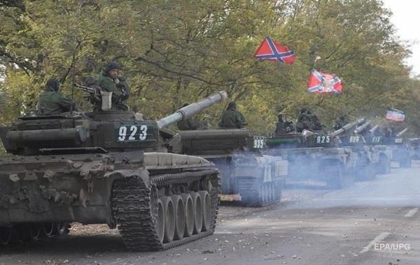 На Донбассе сепаратисты начали масштабные учения