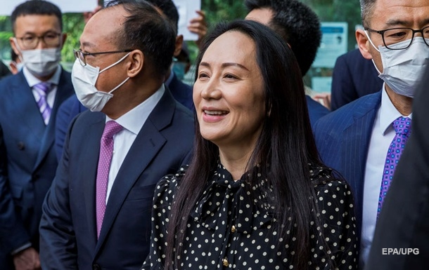 Суд Канади звільнив фіндиректора Huawei