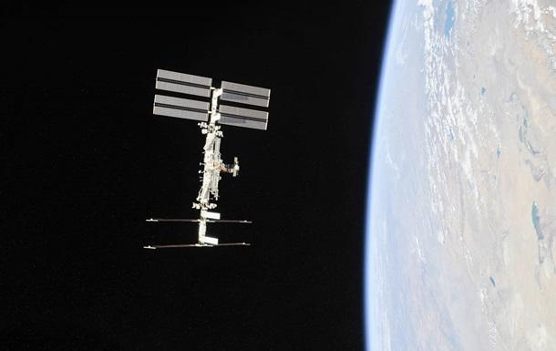 NASA визначило дату польоту на МКС першого комерційного екіпажу