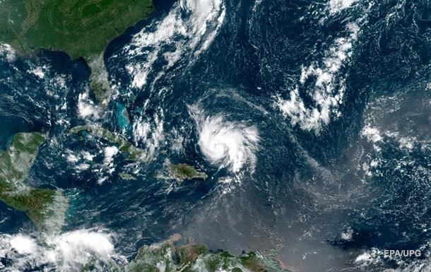 Ураган Сем в Атлантиці посилився до другої категорії