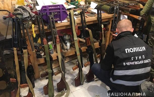 Поліція виявила підпільну збройову в Чернігові