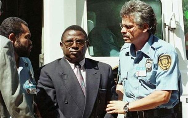 Засуджений за геноцид у Руанді екс-полковник помер у в`язниці