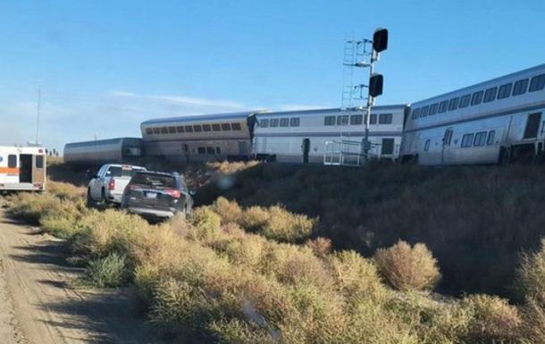 В США пассажирский поезд сошел с рейсов, есть погибшие