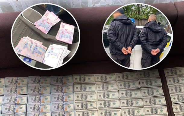 Двоих черниговских полицейских задержали на регулярных взятках
