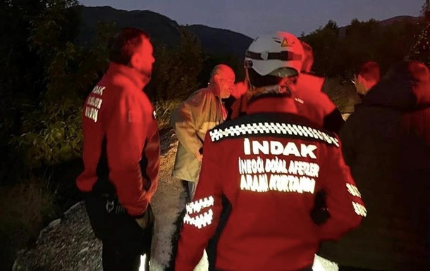 У Туреччині п яний чоловік допомагав рятувальникам шукати себе