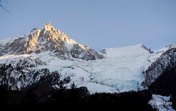 Гора Монблан стала нижчою майже на метр