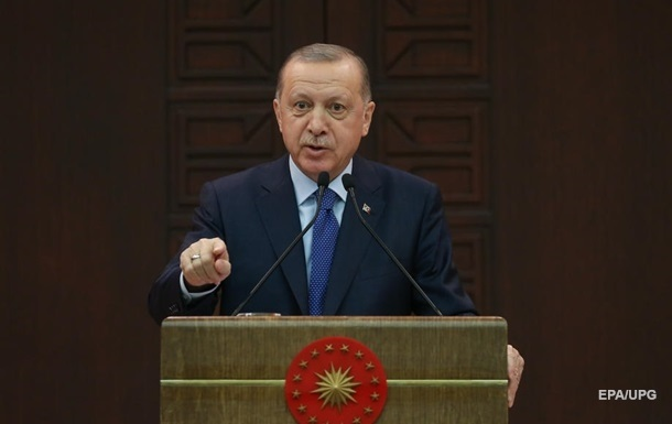 Эрдоган заявил, что купить С-400 Турцию вынуждают США