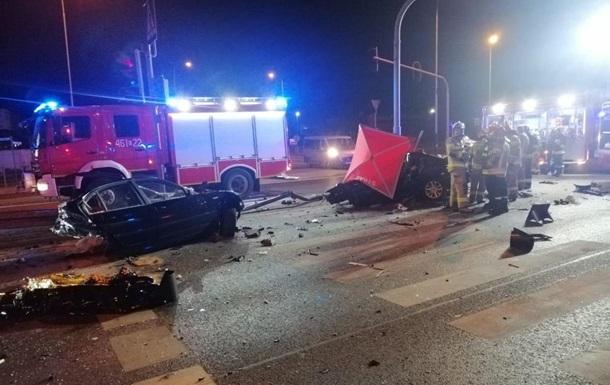 Троє українців стали жертвами дорожньої аварії в Польщі