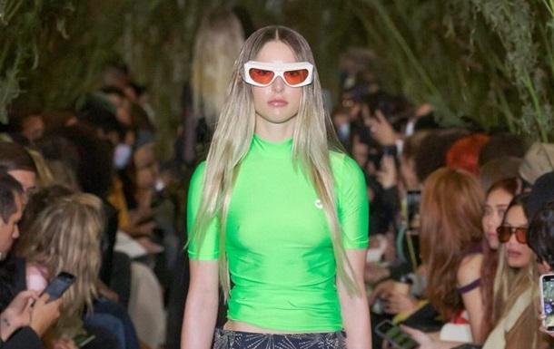 Дочь Стива Джобса дебютировала на Неделе моды