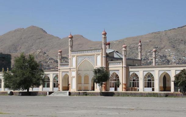 У Кабулі стався вибух біля мечеті, є жертви