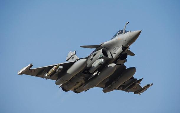 Французским военным самолетам запретили вход в воздушное пространство Алжира