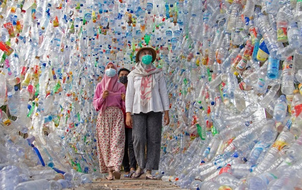 В Індонезії відкрили музей із пластику