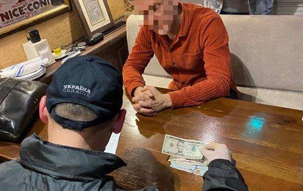 Руководителя Одесской таможни задержали на взятке