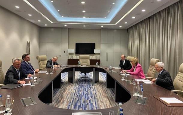 Кулеба обговорив з генсеком ОБСЄ закриття місії на кордоні