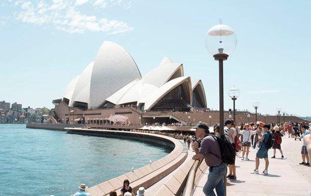 Австралія не прийматиме іноземних туристів до 2022 року