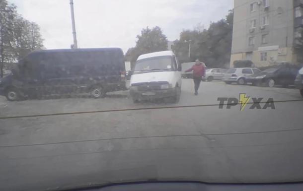 У Харкові викрали авто з картоплею  в рахунок зарплати