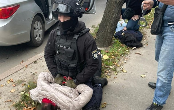 У Харкові затримали банду, яка викрадала людей через житло