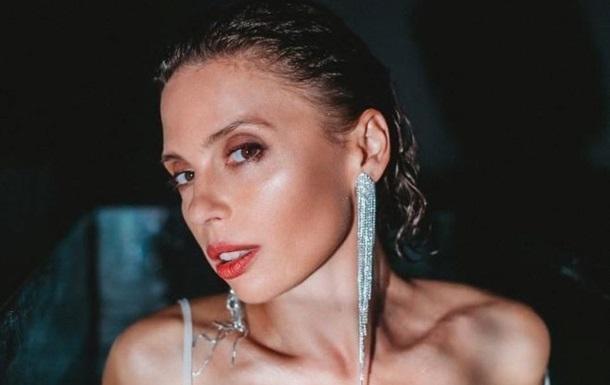 Ирена Карпа взволновала снимками без белья