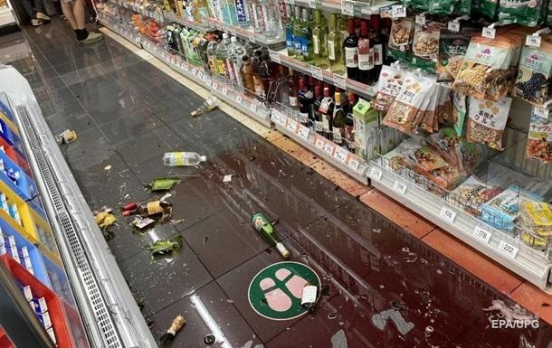 Опубліковані відео землетрусу в Токіо