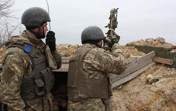 На Донбассе выросло число обстрелов