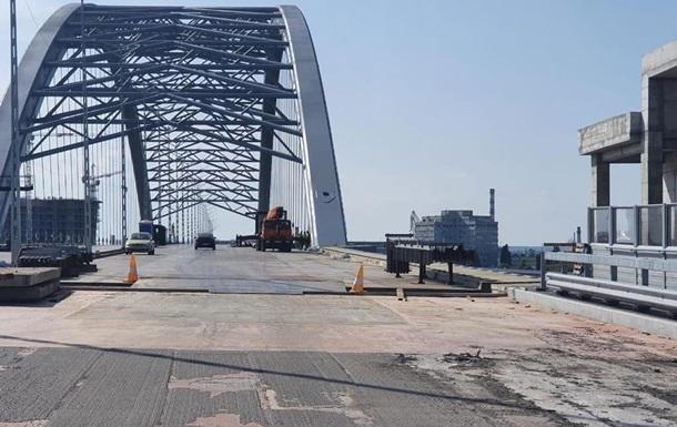 На строительстве Подольского моста в Киеве украли 150 млн - «Украина»