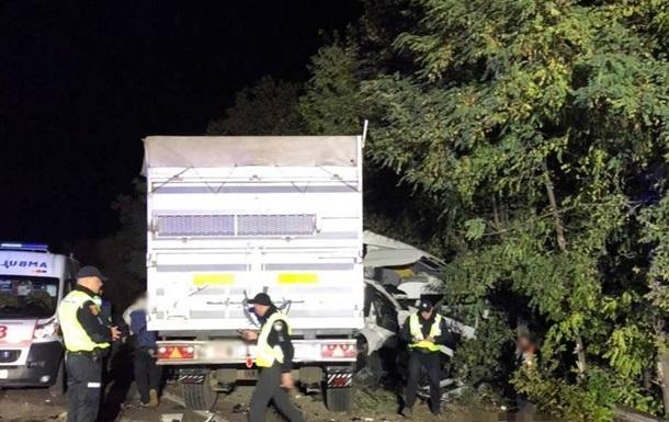 На трассе Киев-Одесса случилось ДТП с маршруткой, погибли люди
