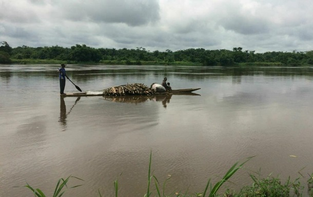 На реке Конго при крушении судна погибли более 50 человек