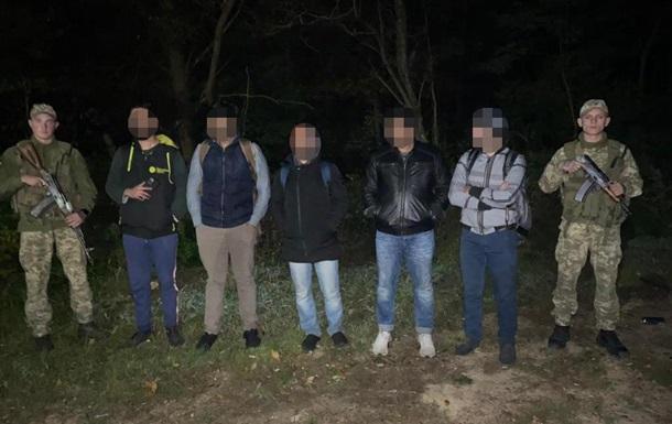 На Закарпатье задержали нелегалов из трех стран