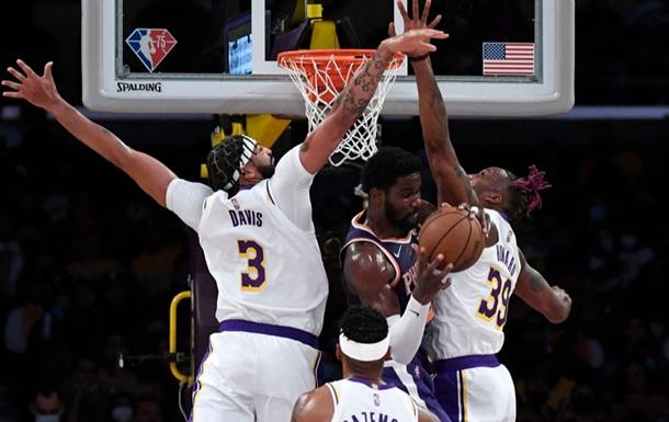 НБА: Зірки Лейкерс знову програли передсезонний матч