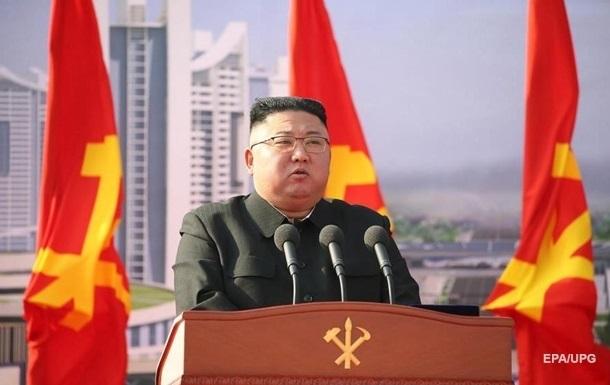 Ким Чен Ын заявил, что строит `непобедимую армию`