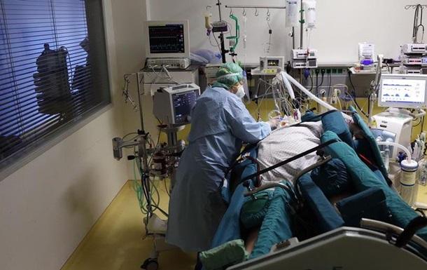 Німеччина: 10 відсотків COVID-пацієнтів відділень інтенсивної терапії вакциновані