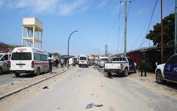 У Сомалі смертник підірвав кафе з відвідувачами