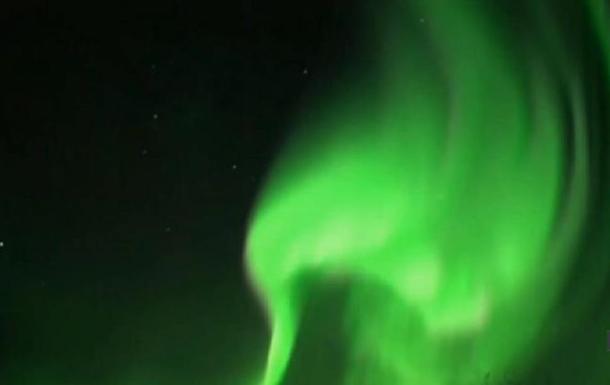 В Канаде наблюдали невероятное северное сияние