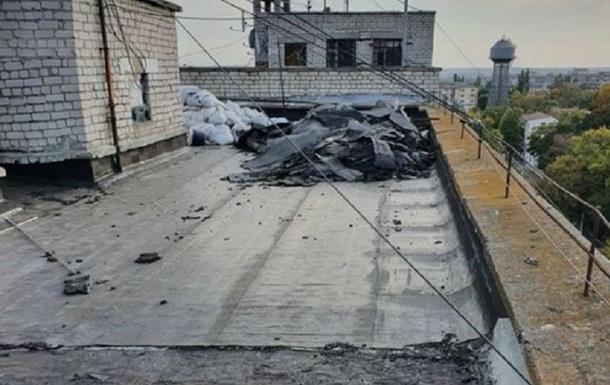 В Николаеве залило многоэтажку из-за дырявой крыши