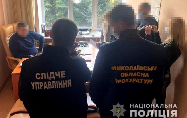 У Миколаєві адвокат за $3,6 тисячі обіцяла клієнту виділення 36 га землі