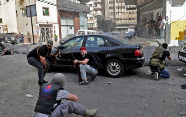 У Бейруті стріляли на акції протесту, є загиблі