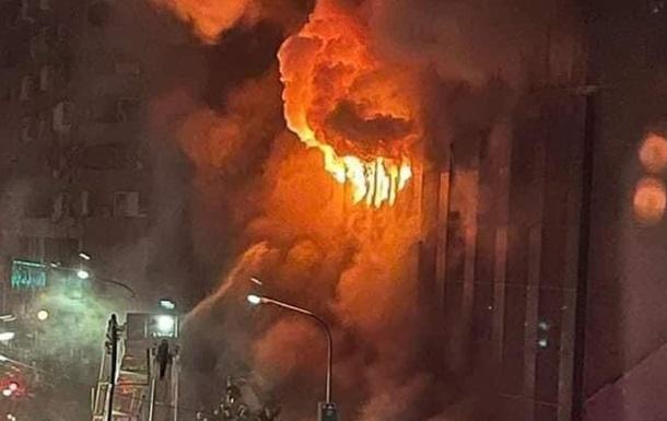 На Тайване при пожаре в многоэтажке погибли 50 человек