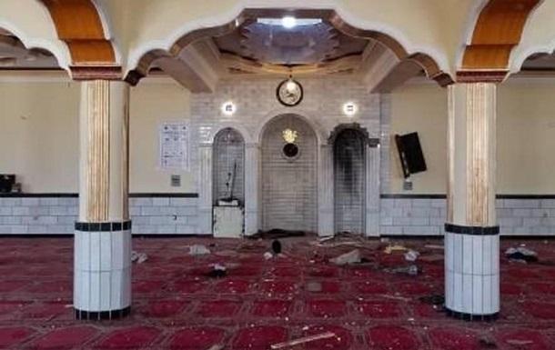 У Кандагарі під час вибуху в мечеті загинули 25 осіб