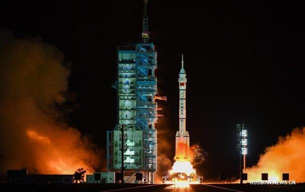 Китай запустил самую длительную космическую миссию
