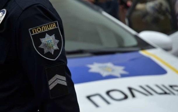 В Киеве автобус попал под обстрел, ранен водитель