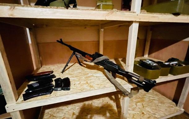Силовики задержали членов банды, грабивших банки и инкассаторов