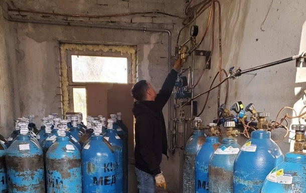 В Харькове начали создавать новые места для больных COVID